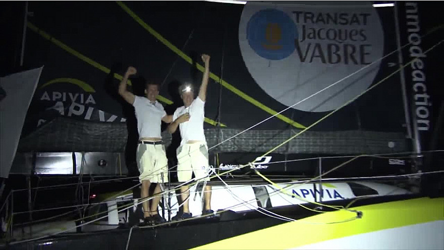 Apivia, vainqueur de la Transat Jacques Vabre Normandie Le Havre en IMOCA @ApiviaVoile @ApiviaMutuelle @Apivia_courtage @TransatJV_fr
